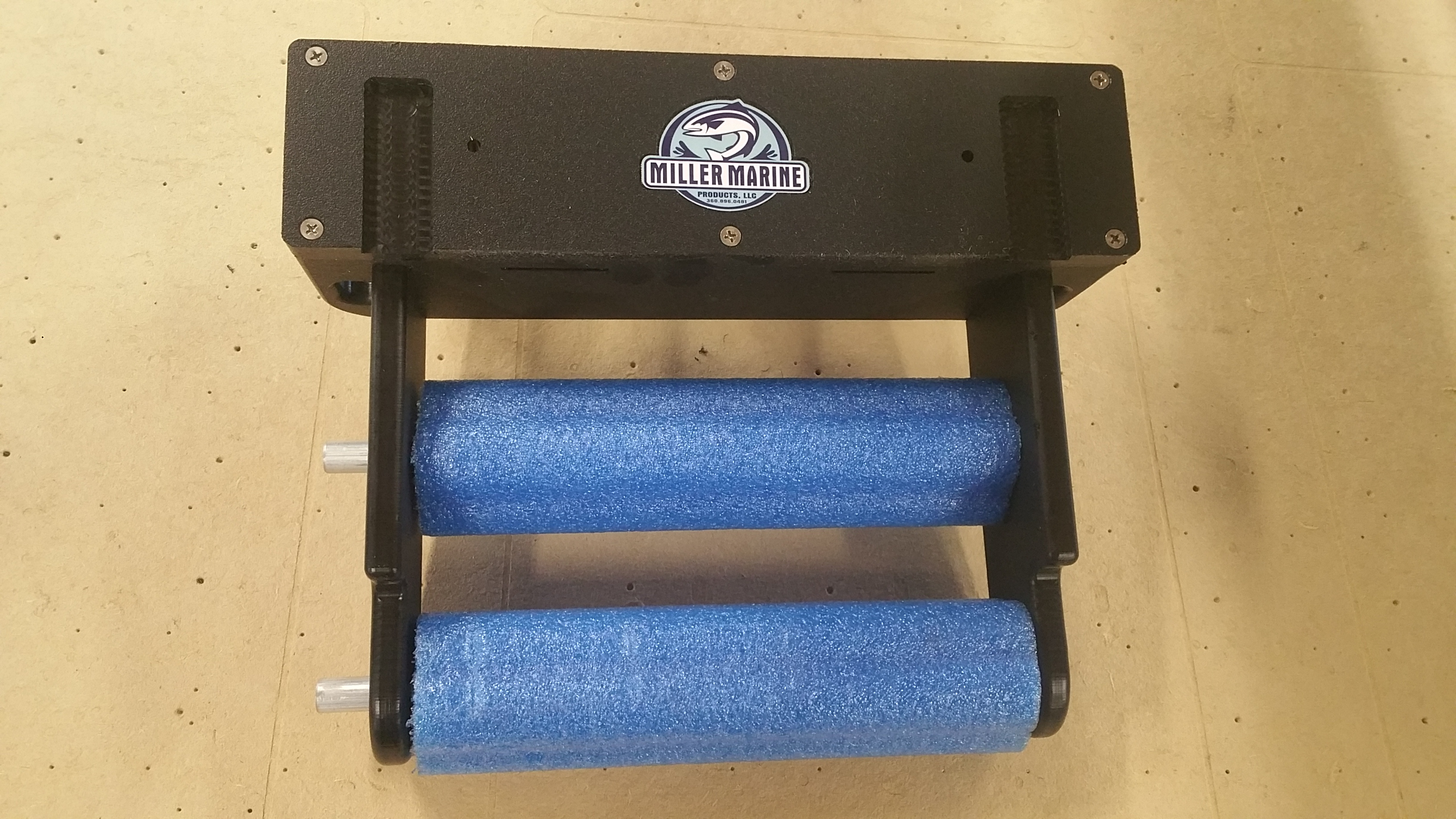 Case Blue Mmp : Leader scent holder double: miller marine products llc.